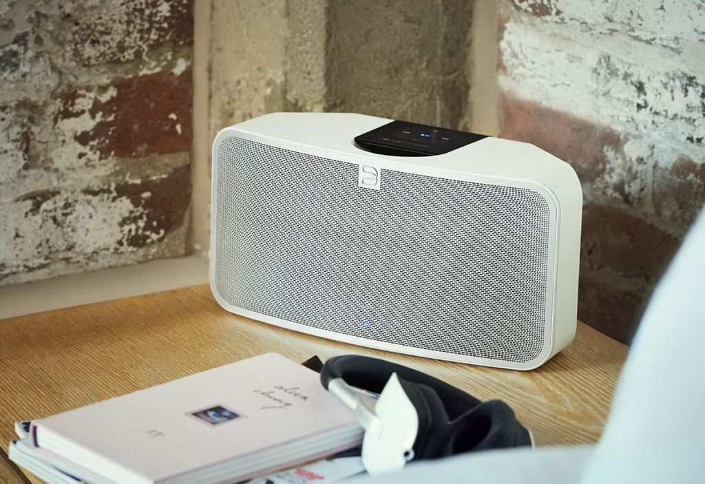 BlueSound Pulse Mini 2i lifestyle 1.jpg