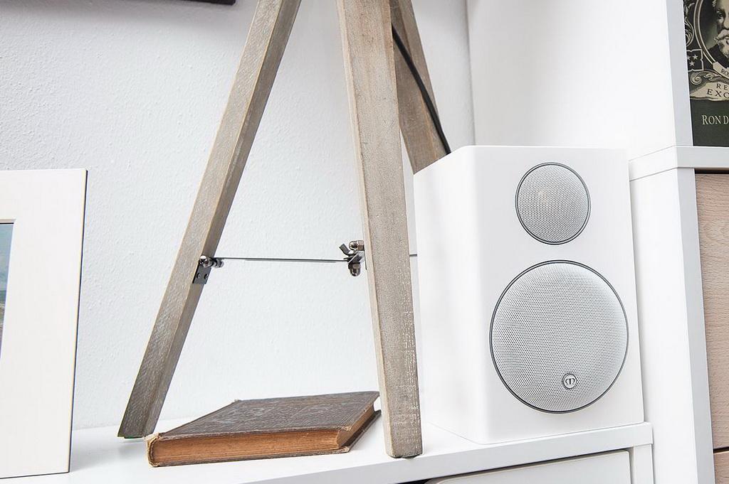 Monitor-Audio-Radius-90-surround-1.jpg