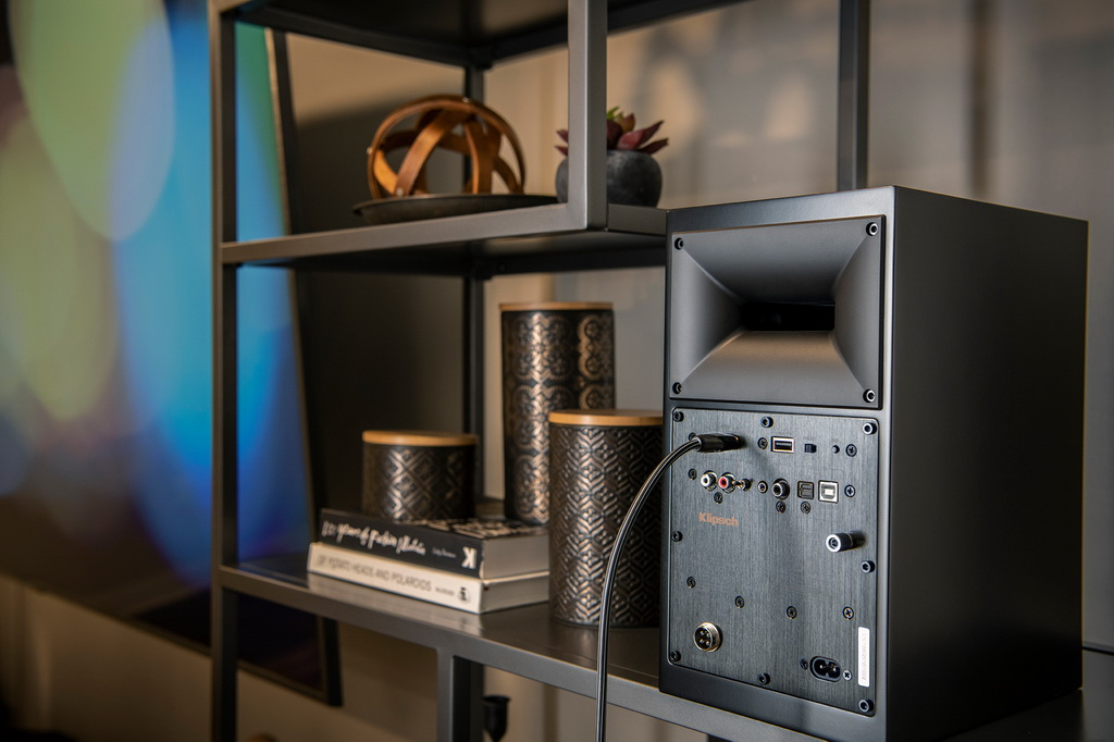 Klipsch-TheFives-powered-speakers-best-connection-options.jpg