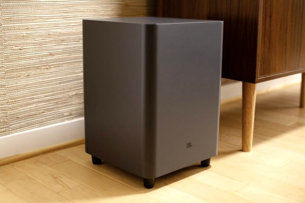 JBL Bar 5.1 Surround 4.jpg