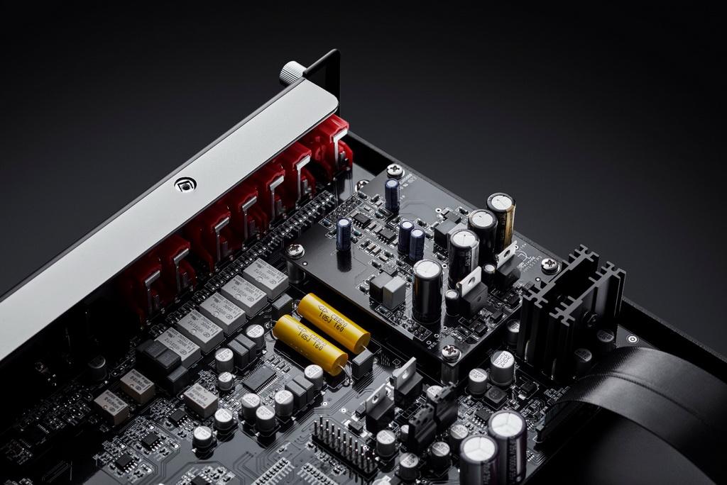 primare_i15_integrated_amplifier_10.jpg