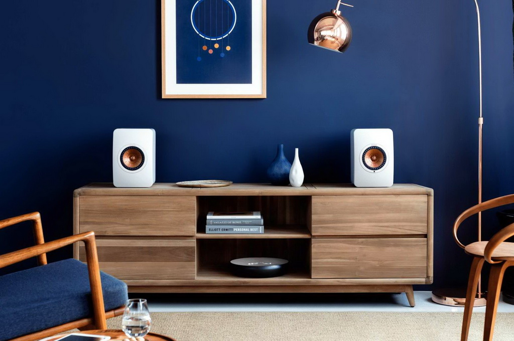 KEF LS50 WIRELESS LIFESTYLE 1.jpg