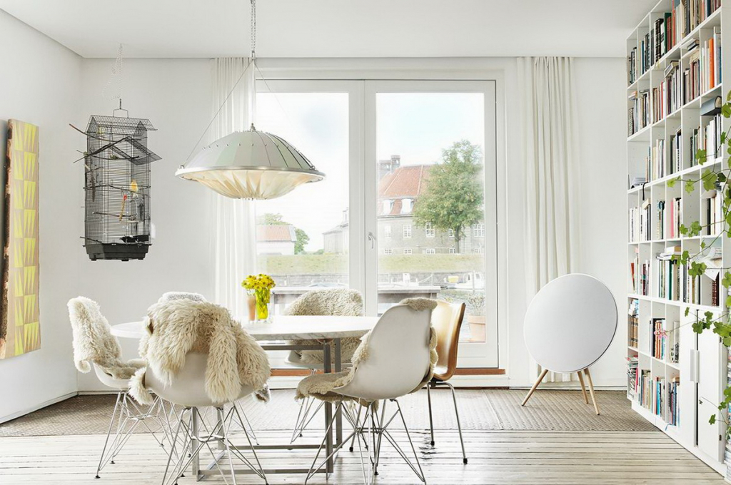 Bang & Olufsen BeoPlay A9 lifestyle 3.jpg