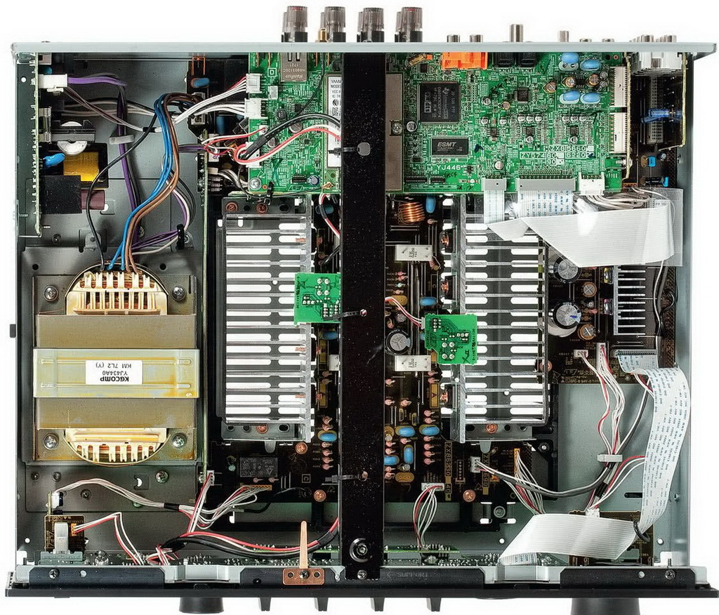 dz0xMjAwJmg9MTAyNg==_src_52147-amplituner-stereo-yamaha-r-n803d-audiocompl-fot4.jpg
