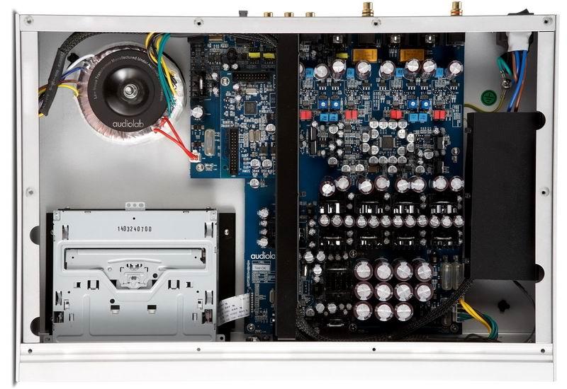 Audiolab 8300CD (internal)qq.jpg