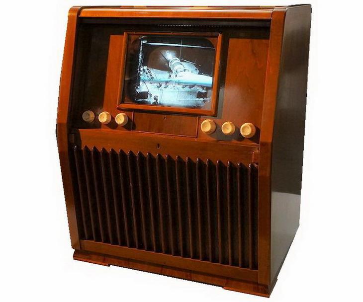 Bang & Olufsen TV 508 S (1951 г).JPG\ 730x608