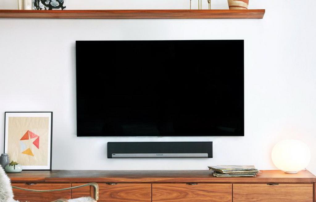 Sonos Playbar lifestyle 2.jpg
