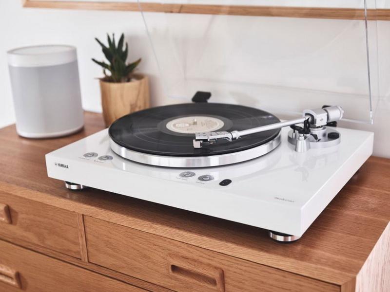 Yamaha-MusicCast-VINYL-500-10.jpg